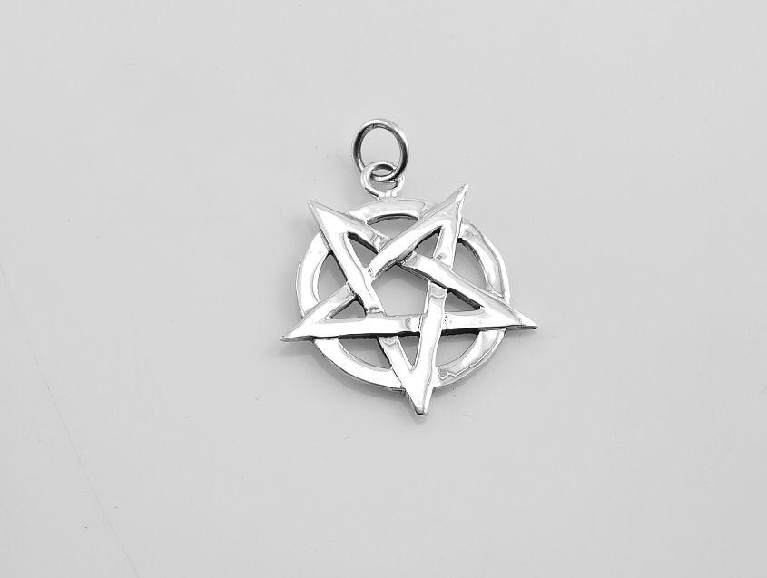 SilverAgi Bangkok co.ltd.Stříbrný přívěsek, obracený Pentagram.AGPRIV620250
