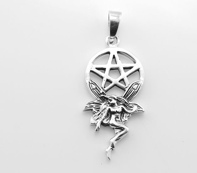 Stříbrný přívěsek Pentagram s nymfou