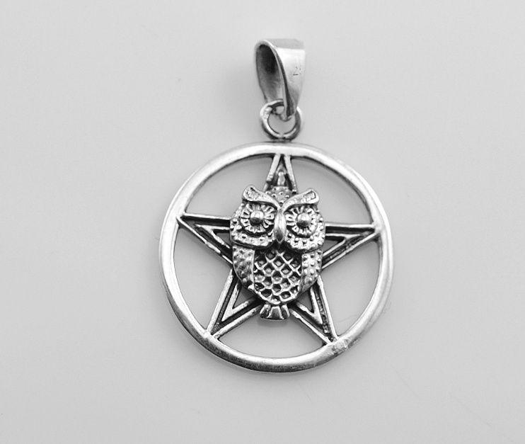 Stříbrný přívěsek Pentagram se svou